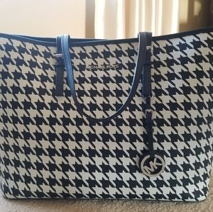 Michael Kors houndstooth tote